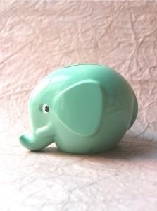 Available from: http://www.bimbily.com/elephant-money-box-mint-green.html
